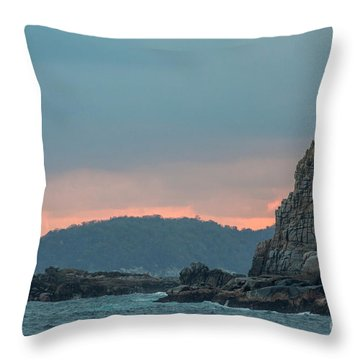 L'heure Bleue, Throw Pillow