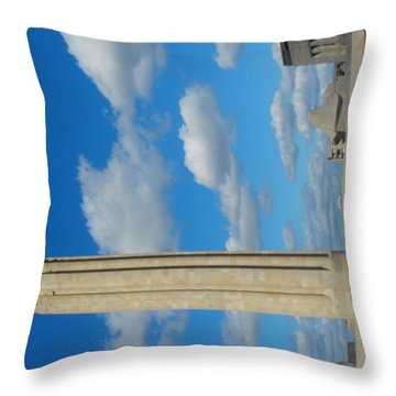 Liberty Memorial On A Perfect Day Throw Pillow