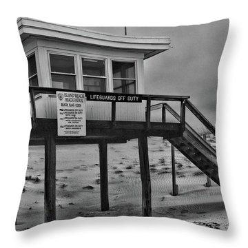 Lifeguard Station 1 In Black And White Throw Pillow by Paul Ward