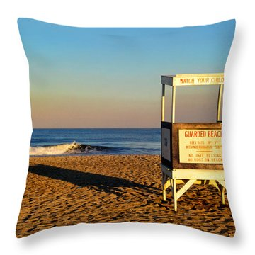 Lifeguard Stand At Ocean City Nj Throw Pillow
