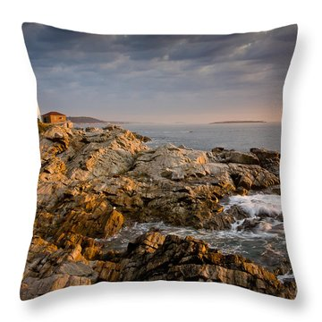 Light On Portland Head Throw Pillow by Susan Cole Kelly