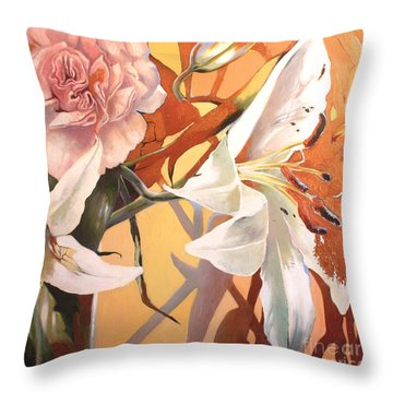 Lilly Melange Throw Pillow
