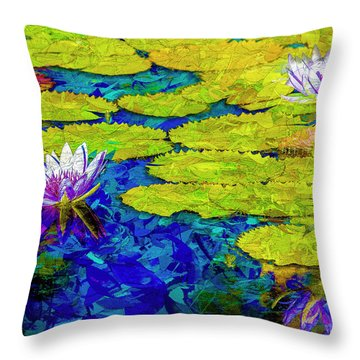 Lilly Throw Pillow
