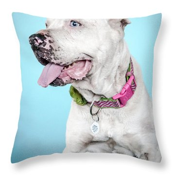 Lilly_8756 Throw Pillow