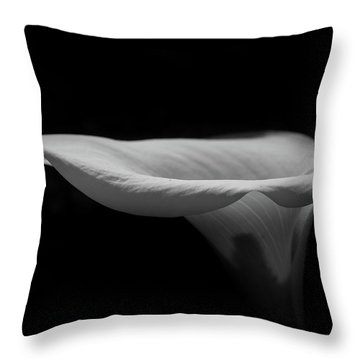 Lily2 Throw Pillow