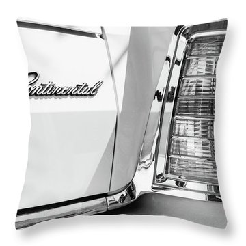 Lincoln Continental Mark Iv Head Light -0149bw Throw Pillow