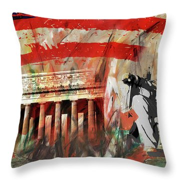 Lincoln Memorial And Lincoln Statue Throw Pillow by Gull G