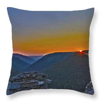 Lindy Point Sunset Throw Pillow