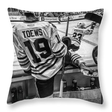 Line Change Throw Pillow by Tom Gort