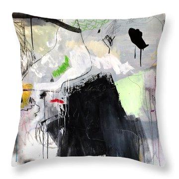 L'insaisissable-2 Throw Pillow