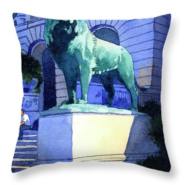 Lion At The Art Institue Of Chicago Throw Pillow