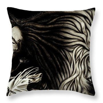 Lion Heart -bob Marley Throw Pillow