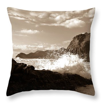 Throw Pillow featuring the photograph Lion Rock On Piha Beach, New Zealand by Yurix Sardinelly