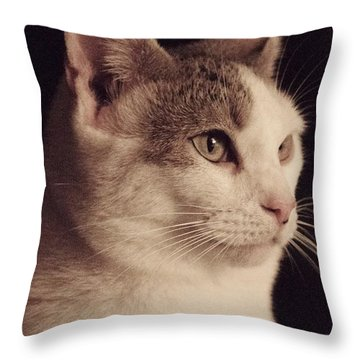 Lisa - Lisa Throw Pillow