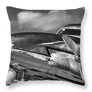 Lockheed Splendor Throw Pillow
