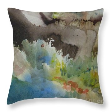 Lointain Throw Pillow