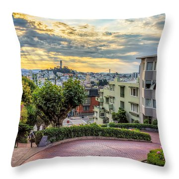 Lombard Street In San Francisco Throw Pillow
