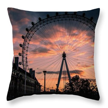London Eye #1 Throw Pillow