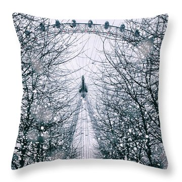 London Eye Snow Throw Pillow