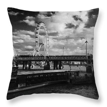 London S Skyline Throw Pillow