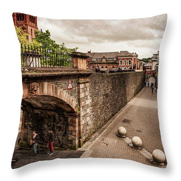 Londonderry Song Throw Pillow