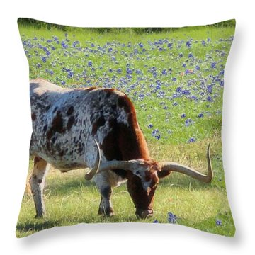 Longhorns In The Bluebonnets Throw Pillow
