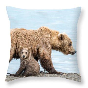 Look Mom Throw Pillow