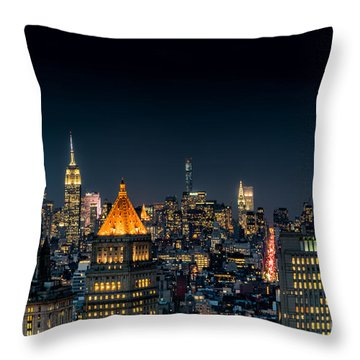 Throw Pillow featuring the photograph Looking Uptown by Rafael Quirindongo