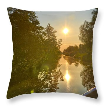 Loosdrecht Boat Trip Throw Pillow