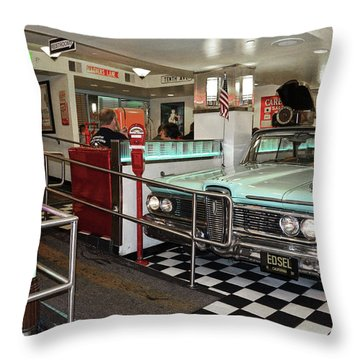 Loris Diner In San Francisco Throw Pillow