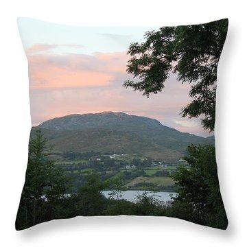 Lough Eske 4258 Throw Pillow