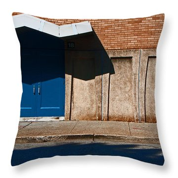 Louisville Wave Throw Pillow