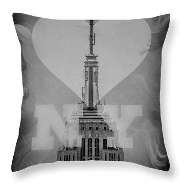 Love New York Bw Throw Pillow