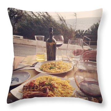 A Seaside Lunch Throw Pillow