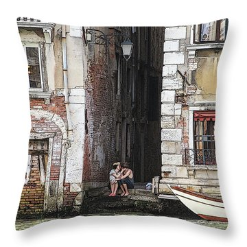 Lovers In Venice Throw Pillow