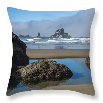 Low Tide At Ecola Throw Pillow