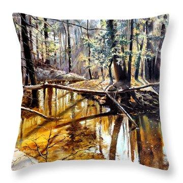 Lubianka-2-river Throw Pillow
