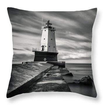 Throw Pillow featuring the photograph Ludington Light Black And White by Adam Romanowicz