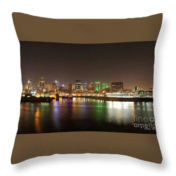 Lumiere De Nuit Throw Pillow