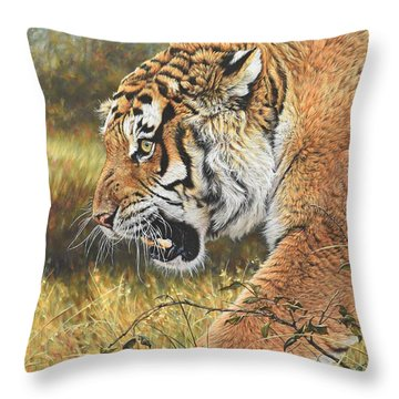 Throw Pillow featuring the painting Lunch Time by Alan M Hunt