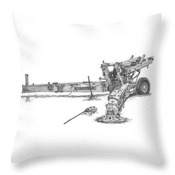 M198 Howitzer - Standard Size Prints Throw Pillow