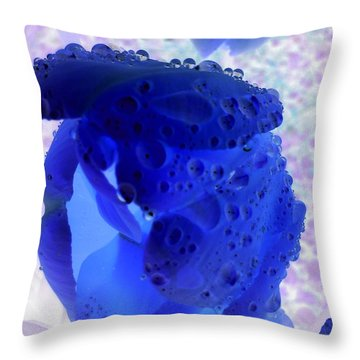 Magical Flower I I I Throw Pillow
