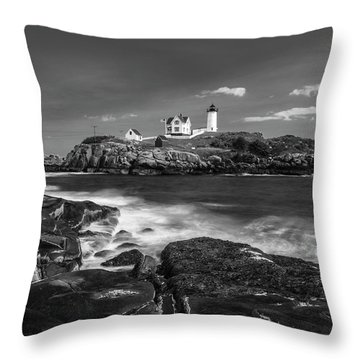 Maine Cape Neddick Lighthouse In Bw Throw Pillow