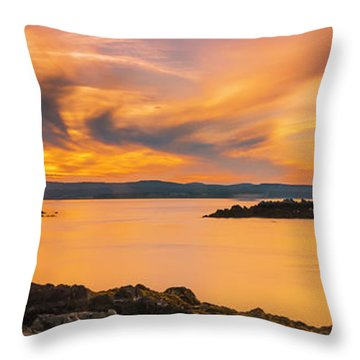 Maine Rocky Coastal Sunset In Penobscot Bay Panorama Throw Pillow