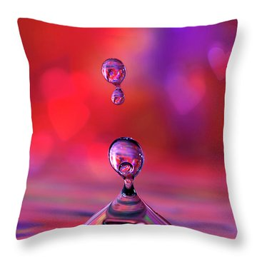 Throw Pillow featuring the photograph Making A Splash by Darren Fisher