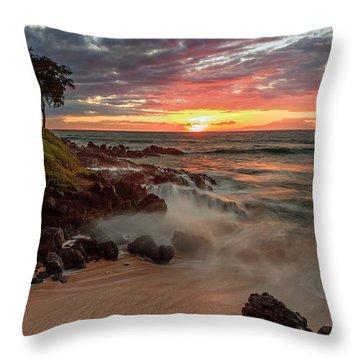 Maluaka Beach Sunset Throw Pillow