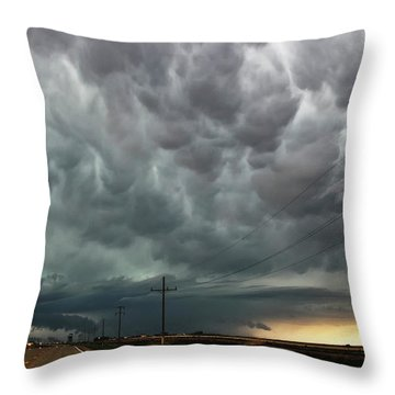 Mammatus Over Montata Throw Pillow