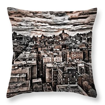 Manhattan Landscape Throw Pillow