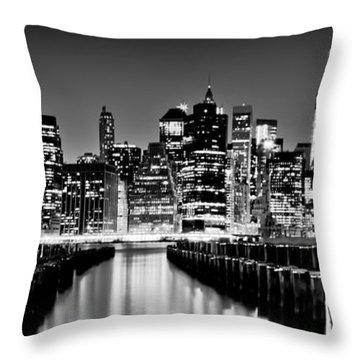 Manhattan Skyline Bw Throw Pillow