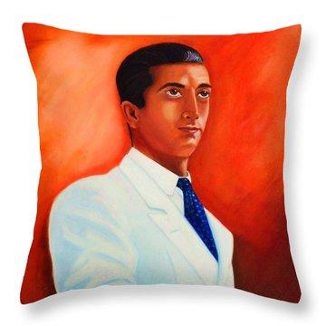 Manolete El Hombre Throw Pillow